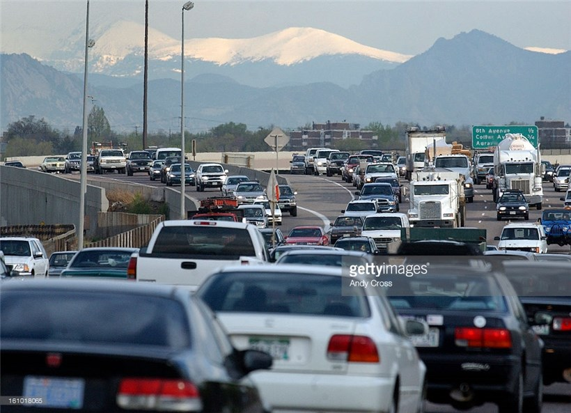 How to Improve I-25 Traffic Without Spending Big Bucks